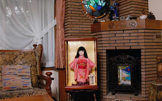 市松人形 神戸・にしむら珈琲本店