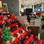 一流自動車会社ショールーム/京都市内の有名ホテルにて、安藤人形店の雛人形を展示